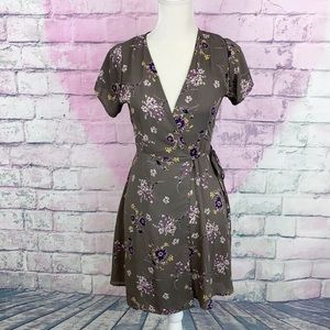 By together floral wrap shirt sleeve dress small